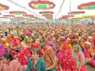 Women at protest meeting at Bhavnagar