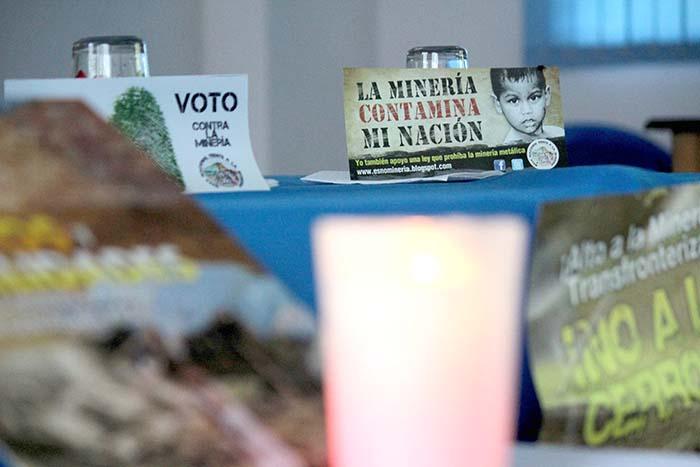 Gran parte de la población de los alrededores de la mina El Dorado, en Guacotecti, Cabañas, no están de acuerdo con que se realicen trabajos de minería a cielo abierto en la zona.  Foto Diario Co Latino/ Guillermo Martínez