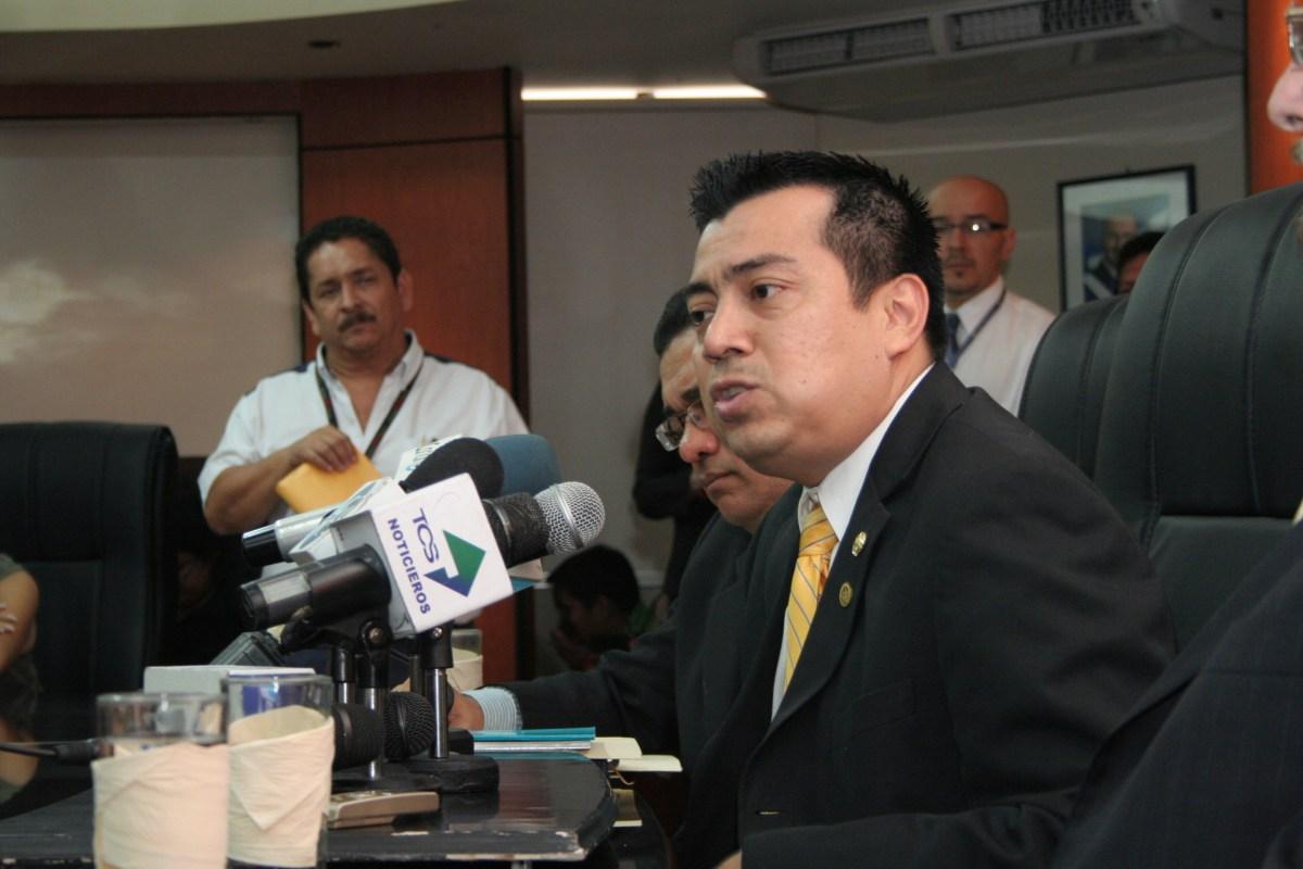 Corte Plena ordena juicio contra ex director del ISSS