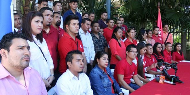 Concejales jóvenes del FMLN y sectores socialescontra el bloqueo de ARENA