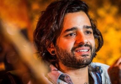Lucas Silveira libera streaming do novo disco do Beeshop na íntegra