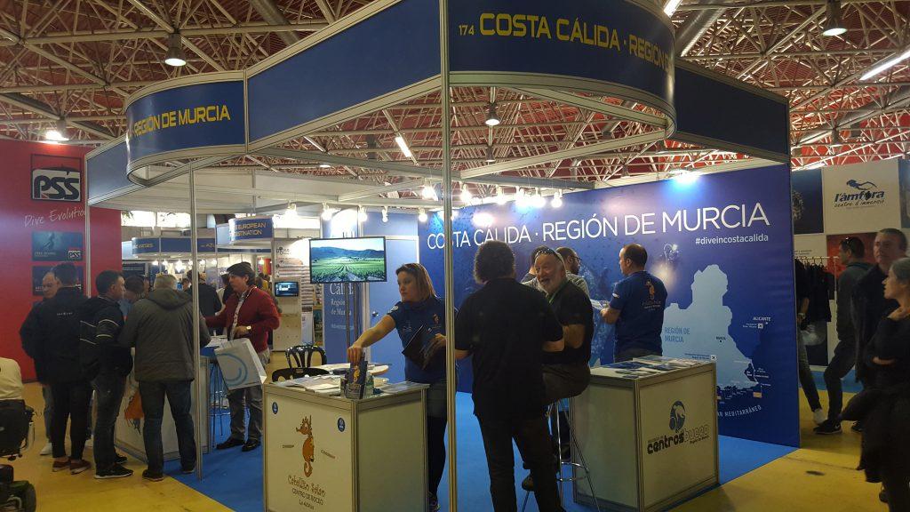 Murcia ha participado en la Mediterranean Diving Show para intentar atraer el buceo catalán