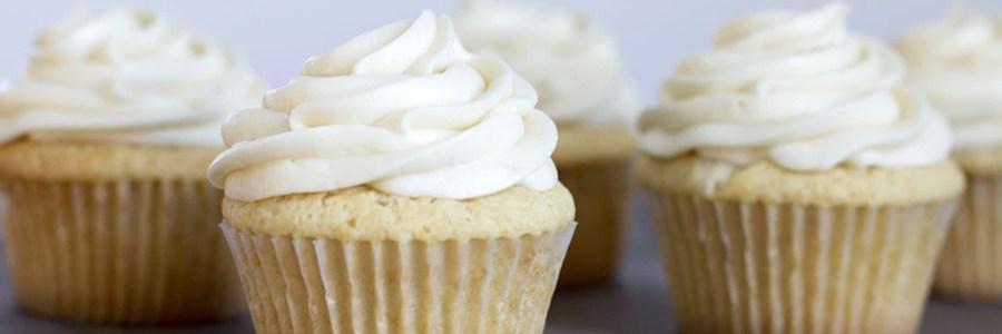 Cupcakes de vainilla y buttercream, más fácil de lo que pensás