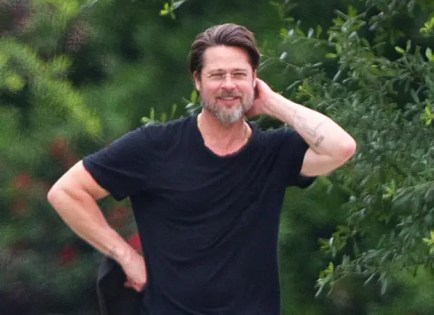 Brad-Pitt-JR-41715