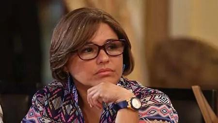 En la gráfica la ministra de Salud Luisana Melo LV