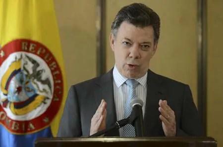 Juan Manuel Santos, espera que Estados Unidos saque a las Fuerzas Armadas Revolucionarias de Colombia, FARC, de la lista de grupos terroristas.