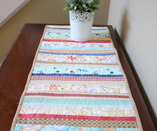 summer-beach-table-runner-tutorial
