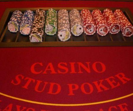 Stud Poker Casino Table