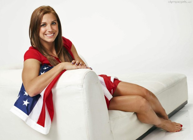 Alex-Morgan-Feet-758655