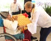 DIF Tepic festejó el día de las personas adultas mayores
