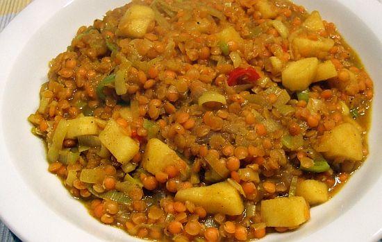 Foto: vegetarisches Dahl-Linsen-Curry mit Apfel