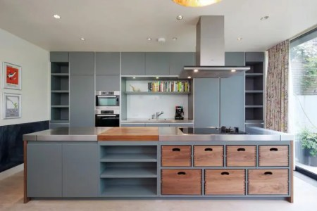 beatuiful kitchen island design idea with removeable wood dovetail boxes 775x516