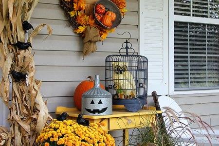 40 cozy fall patio decorating ideas 3