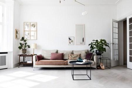 airy scandinavian and mid century modern apartment 2