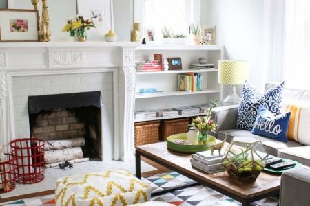 cheerful summer living room decor ideas 18
