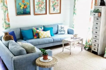 cheerful summer living room decor ideas 3 554x829