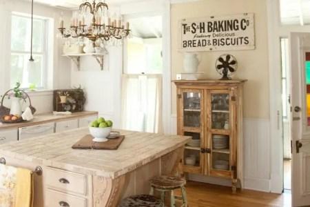 cozy and chic farmhouse kitchen decor ideas 25