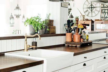 cozy and chic farmhouse kitchen decor ideas 30