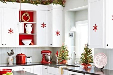 cozy christmas kitchen decor ideas 23