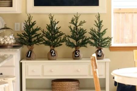 cozy christmas kitchen decor ideas 39