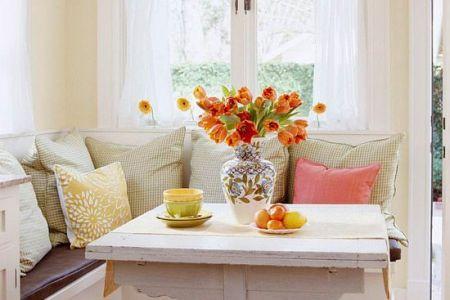 cute and cozy breakfast nook decor ideas 1