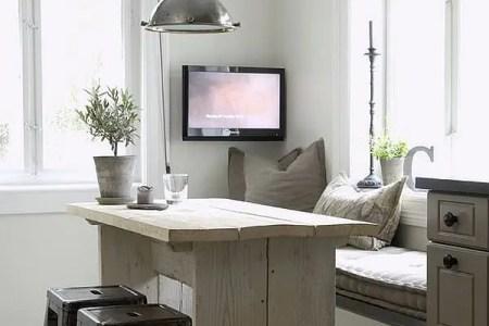 cute and cozy breakfast nook decor ideas 27