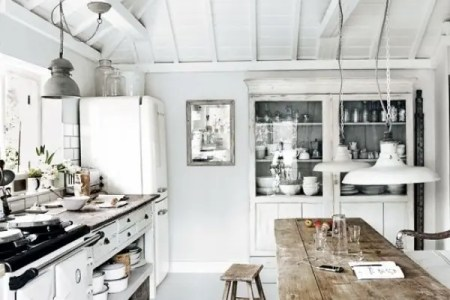 inspiring white kitchen designs 29