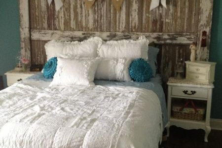 sweet shabby chic bedroom decor ideas 21