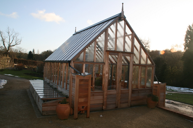 harlow_carr_new_greenhouse