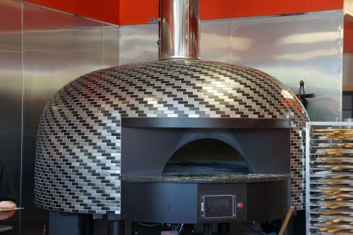 The Rotating Pizza Oven