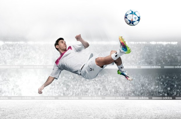 adidas-Messi-adizero-F50_On-Field