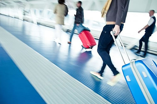 safe travel tips for young travelers