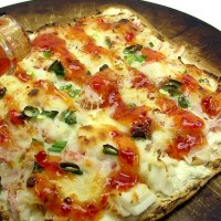 Crab Rangoon Flatbread Pizza