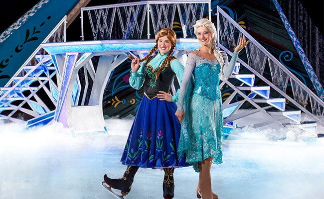 Disney-On-Ice-Frozen-Anna-Elsa