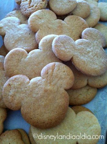Galletas de Mickey - old.disneylandiaaldia.com