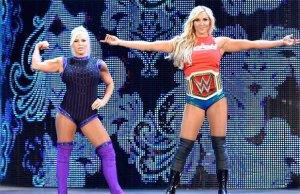 Charlotte-Dana-SmackDown