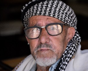 A Yemeni tribesman wears a kaffiyeh. Photo by Rod Waddington/flickr-CC