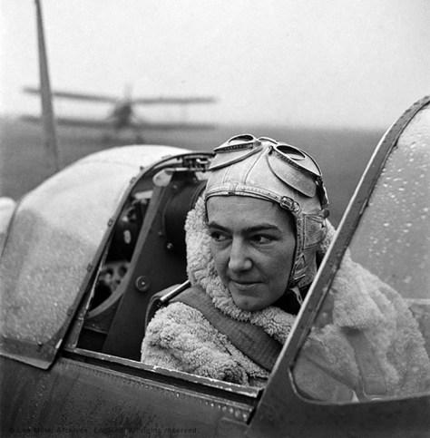 Pilot i De Frie Polske Styrker i England 1942, Anna Laska