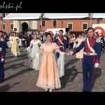 Polonez na placu Zamkowym w Święto Konstytucji 3 Maja
