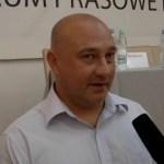 """Gani policję, chwali Ziobrę i chce eksmitować """"zasłużonych"""" towarzyszy"""