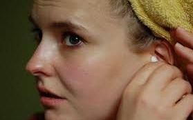 Tips dan Cara Membersihkan Telinga yang Aman