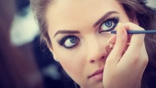 Teknik Eyeliner Tattoo dalam Memperindah Mata