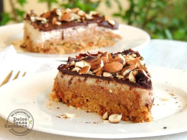 Torta al Burro di Mandorle, Panna, Mandorle e Cioccolato (8)