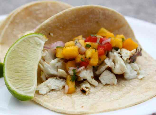 Grilled-halibut-tacos-with-peach-salsa-11