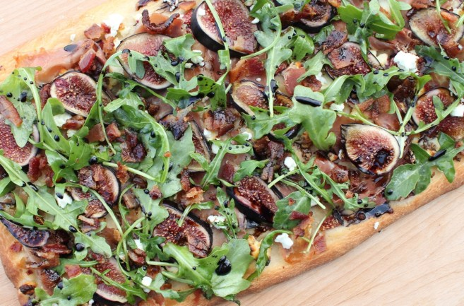 flatbread-with-figs-prosciutto-and-goat-cheese-17