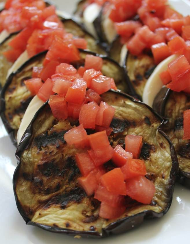 grilled-eggplant-with-mozzarella-and-tomatoes