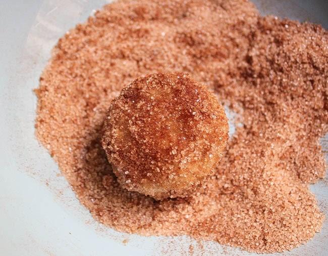 apple-cinnamon-baked-doughnut-holes-step-8