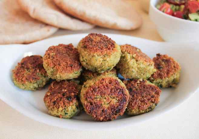 quinoa-falafel-with-avocado-tomato-relish-and-yogurt-tahini-dressing-4 ...
