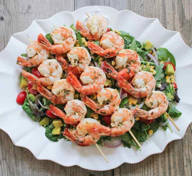 12-Foolproof-Fourth-of-July-Recipes-Summer-Salad-with-avocado-corn-and-herb-grilled-shrimp