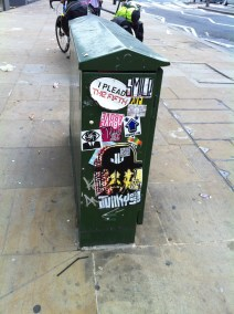 Don't Rain Lizard sticker, Shoreditch, London